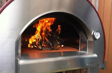 vuur maken houtoven