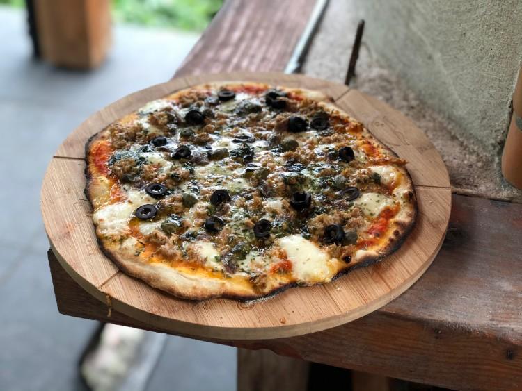 pizza tonno pesto